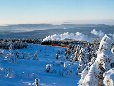 Brockenbahn_in_Winterlandschaft